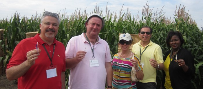 An International Short Course in Agricultural Biotechnology